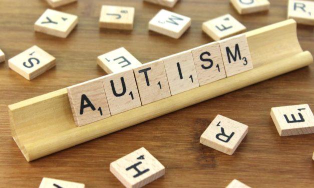 Užívání multivitaminů v těhotenství dramaticky snižuje riziko poruch autistického spektra